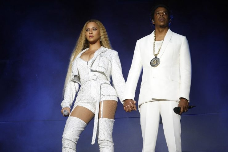 Beyoncé e Jay-Z mano nella mano