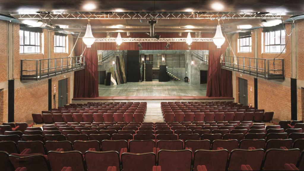 La sala grande del teatro Franco Parenti.